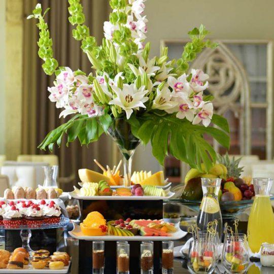 https://agm.oceanx.network/wp-content/uploads/2020/06/5-star-hotel-douro-breakfast-540x540.jpg