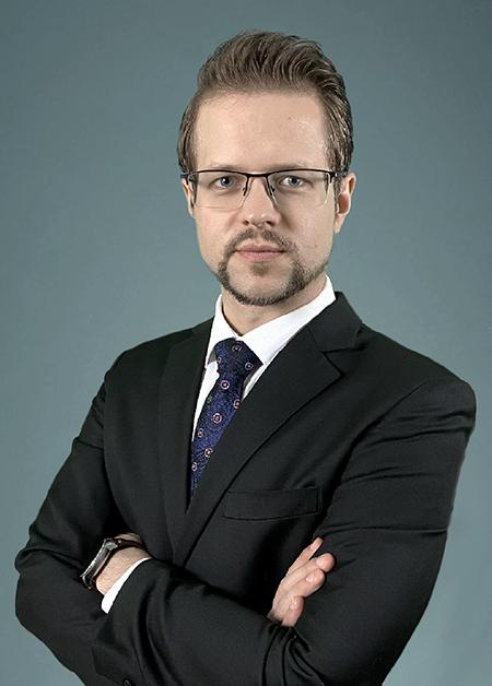 https://agm.oceanx.network/wp-content/uploads/2020/09/01-Johannes-Kern-executive.png